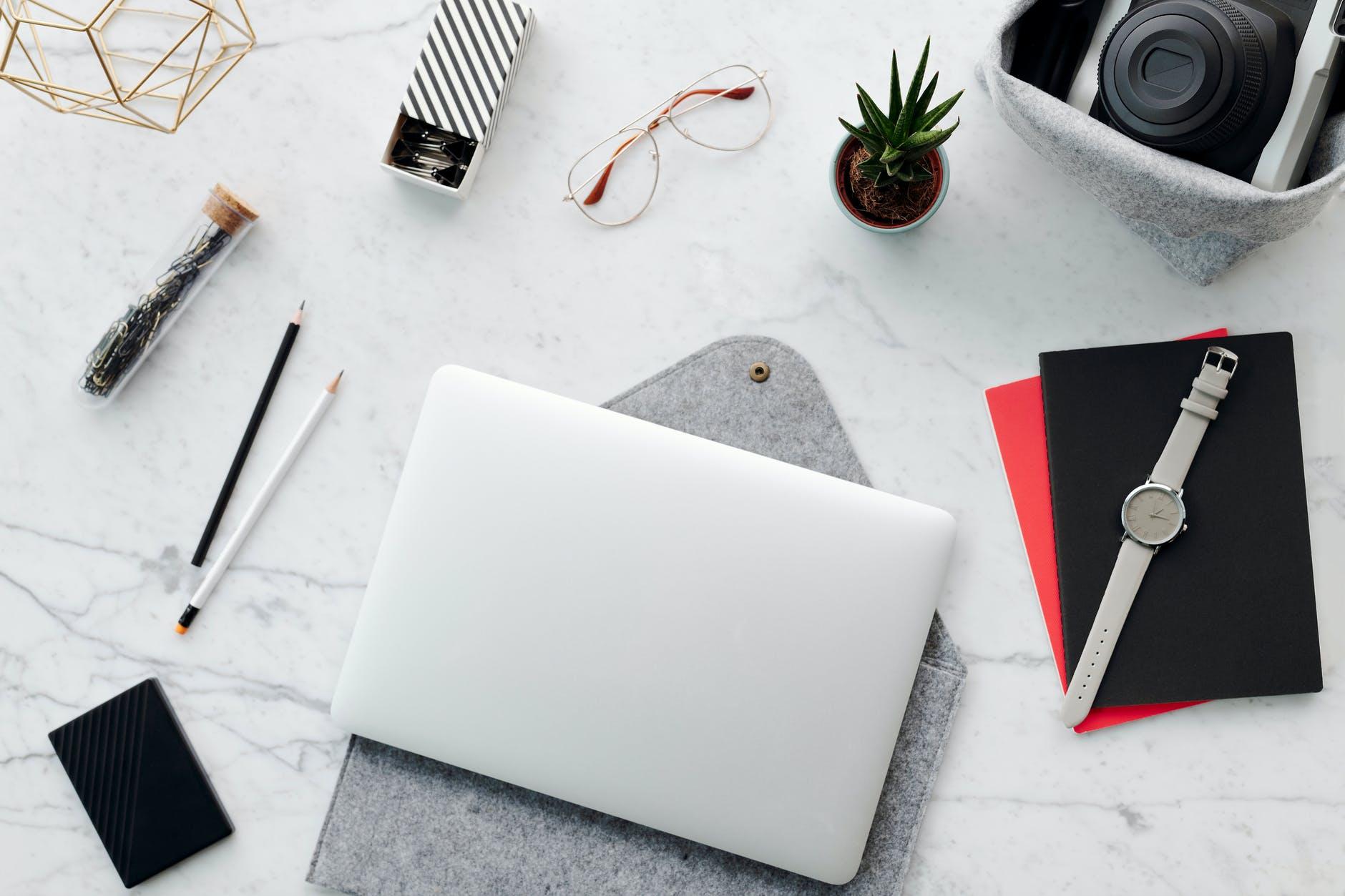 wood art laptop notebook
